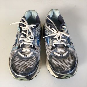 Brooks Athletic shoes sneaker lace up